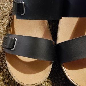 Clark's Black Leather Wedge Sandals 9